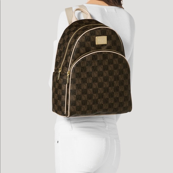 53055543dca4 Michael Kors Backpack - Jet Set Checkerboard. M_5a7c91d62ab8c5879359150c